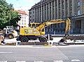 Vítězné náměstí, Evropská, nakladač Atlas.jpg