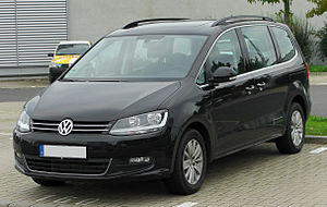 Volkswagen Sharan - Image: VW Sharan II 2.0 TDI Blue Motion Technology Comfortline front 20101002