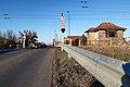 Vasúti átjáró őrházzal Szentlőrincen.jpg