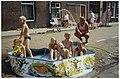 Verkoeling voor de jeugd. NL-HlmNHA 54036187.JPG