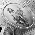 Villa Dordwijk, plafondschildering middenzaal beneden - Dordrecht - 20065033 - RCE.jpg