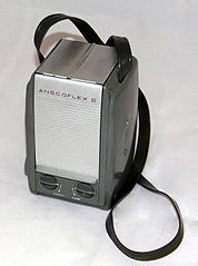 Vintage Ansco Anscoflex II Film Camera, Designed By Raymond Loewy, Made In USA, Uses 620 Film, Manufactured From 1953 - 1956 (17031266579).jpg