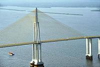 Vista aérea da ponte sobre o rio Negro que liga Manaus a Iranduba.jpg