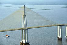 内格罗河大桥