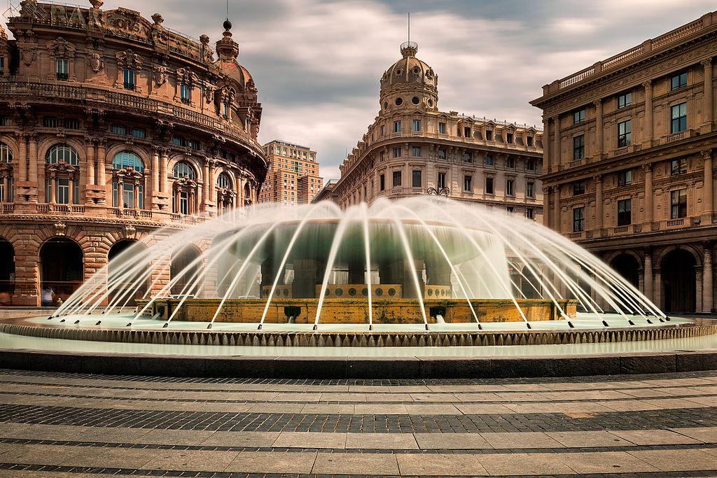 Piazza De Ferrari, monumentale place de Gênes - Photo de Massimo Trabaldo Lena