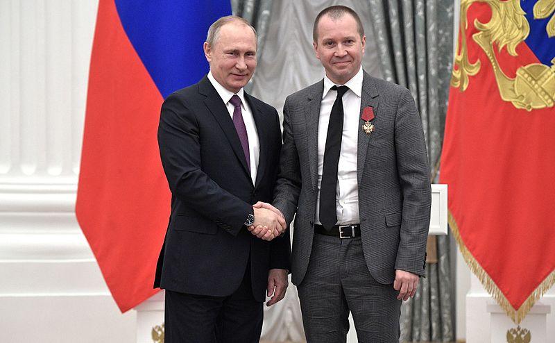 File:Vladimir Putin at award ceremonies (2017-05-24) 11.jpg