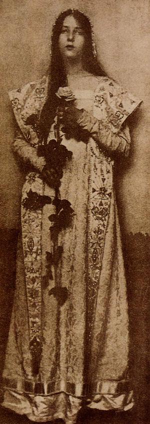 "Eva Watson-Schütze - ""The Rose"", by Eva Watson-Schütze. Photogravure published in Camera Work, No 9, 1905"