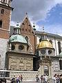 Wawel Krakow June 2006 008.jpg