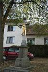 Wayside cross in Petráveč, Žďár nad Sázavou District.JPG
