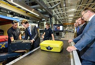 Vanderlande - Prime Minister of the Netherlands Mark Rutte visited Vanderlande in 2014, during one of his business trips to the province of North Brabant