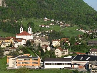 Zagorje ob Savi - Image: Zagorje sola in cerkev IMG 8468