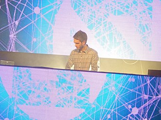 Zedd - Image: Zedd at 2013 Moment of Clarity at the Aragon, Chicago