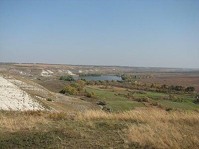 Білокузминівка. Панорама зі скелеподібного оголення верхньої крейди 3..jpg