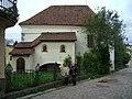 Костел Гиацинта, рыцарский дом.JPG
