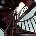 Марьино Дворец Интерьер Винтовая лестница (фото 9) Рыльский район 2019.jpg