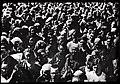 Мешканці Миколаєва слухають оголошення про початок війни (22 червня 1941 р.).jpg