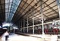 Перроны вокзала Россиу - поезда сразу уходят в тоннель под городом (11609806763).jpg