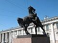 СПб, Аничков мост с конными группами (2). 5.06.2011.jpg