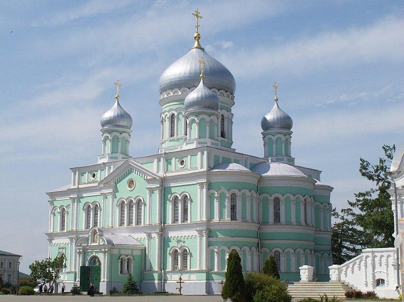 Троицкий собор был построен в