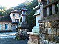 石燈籠 Stone Lanterns - panoramio.jpg