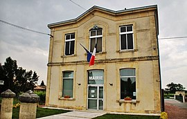 The town hall in Saint-Pey-d'Armens