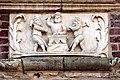 0 Arras, Grand'Place, 10 - Bas-relief 'Le forgeron et ses 2 assistants'.JPG