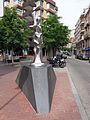 170 Flama II, de Ferran Bach Esteve, pl. Saragossa (Terrassa).JPG