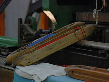 Shuttles on a circa 1890 dobcross loom - Onkap...