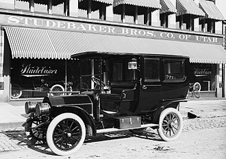 Limousine - 1908 Studebaker limousine with open driver's compartment for the chauffeur and a closed cabin for the passengers
