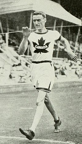1912 Athletics men's 10 kilometre walk - George Goulding.JPG
