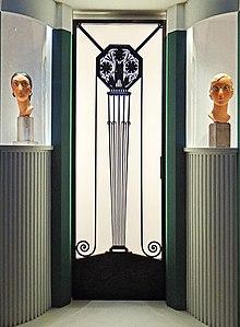Art d co wikipedia for Art deco arredamento