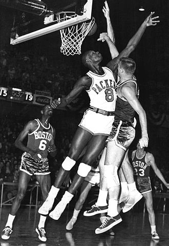 Walt Bellamy - Image: 1961 Chicago Packers vs. Boston Celtics