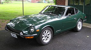 Nissan S30 - 1970-71 Datsun 240Z Series I (U.S. Model) in color code 907 racing green
