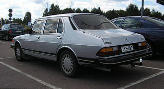 Saab 900 - 1985 Sedan (pre-facelift)