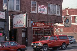 Poles in Chicago - 'Polish singing bar' on Milwaukee Avenue. Circa 1999