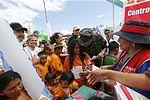 2,500 ATENCIONES EN OPERACIÓN DE AYUDA HUMANITARIA ORGANIZADA POR FUERZAS ARMADAS EN EL VRAEM (26820277496).jpg