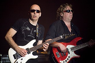 Joe Satriani - Joe Satriani with Stuart Hamm in the Rijnhal, Arnhem, 2008