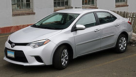 2014 Toyota Corolla 1.8 LE (ZRE172), front left.jpg