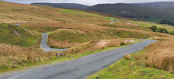 2014 Yorkshire Dales country road Swaledale Askrigg.jpg