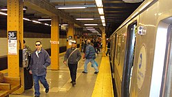 36th Street NYC Subway by David Shankbone.JPG