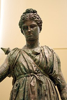 7406 - Piraeus Arch. Museum, Athens - Artemis - Photo by Giovanni Dall'Orto, Nov 14 2009.jpg
