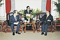 93.4.13 院長接見駐台北韓國代表部黃龍植代表及秦基勳課長一行 0930512093239.jpg