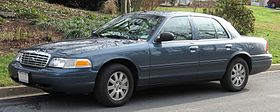 98-07 Ford Crown Victoria LX.jpg