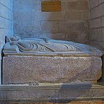 Afonso VIII de Galicia León. Sepulcro (Capela das Reliquias da catedral de Santiago de Compostela).jpg