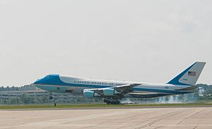 Naval Station Norfolk Chambers Field - Image: Air Force One at Chambers Field
