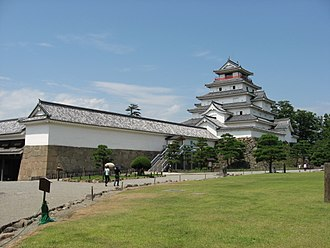 Aizuwakamatsu Castle - The reconstructed tenshu (keep)