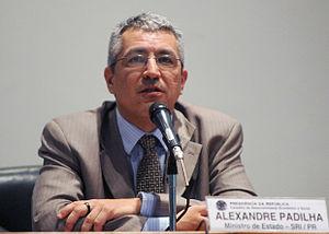 Português: O ministro da Secretaria de Relaçõe...