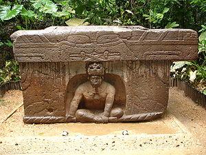 Tres Zapotes - Image: Altar 4 La Venta (Ruben Charles)