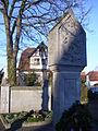 Am Kriegerdenkmal Neunhof 03.JPG