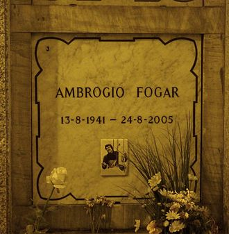 Ambrogio Fogar - Fogar's grave at the Monumental Cemetery of Milan in 2015
